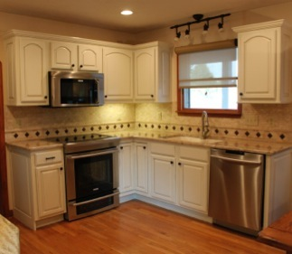 Headley's Kitchen cabinet Painted Finishes 513 -218 -1139